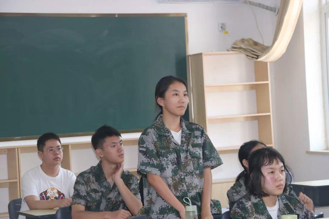 这所学校的军训不一样!